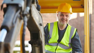 Tips for Operating Heavy Construction Equipment