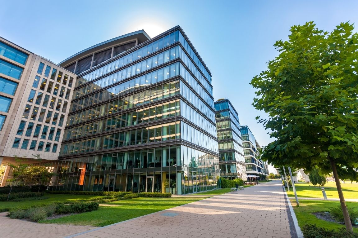 What To Look for in a Commercial Property Building
