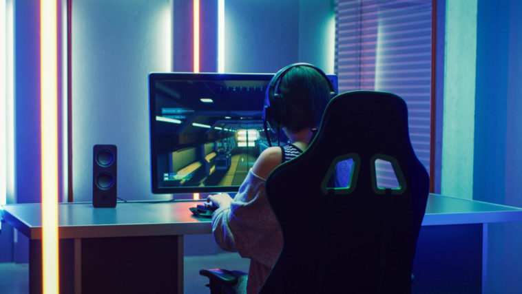 Popularity and advantages of playing esports