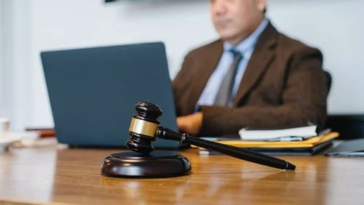 The Advantages Of A Personal Injury Lawyer